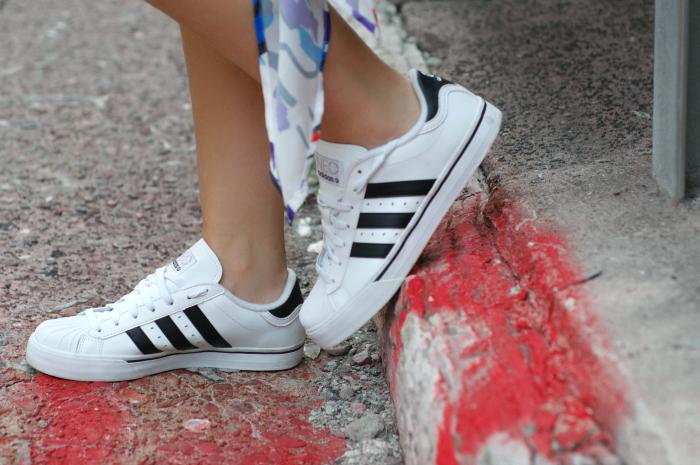 Adidas classic neo