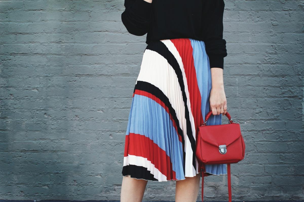 pleat skirt trend